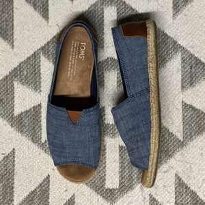 TOMS Chambray Open Toe Espadrille Slip-On Flat